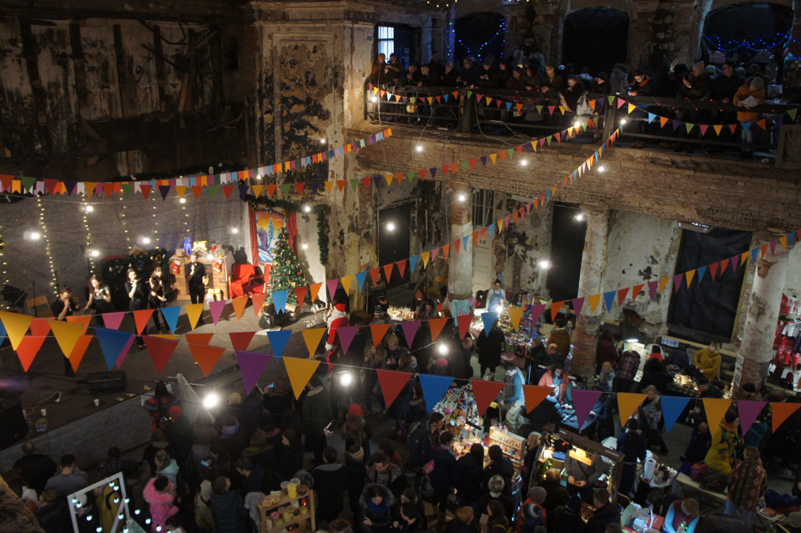 Christmas Charity Market in Annenkirche