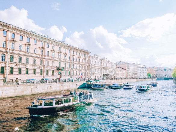 Boat tours in Saint Petersburg Russia