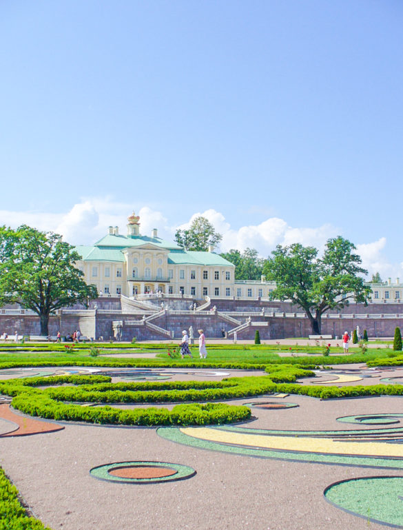 Guide to Royal Palaces of St. Petersburg