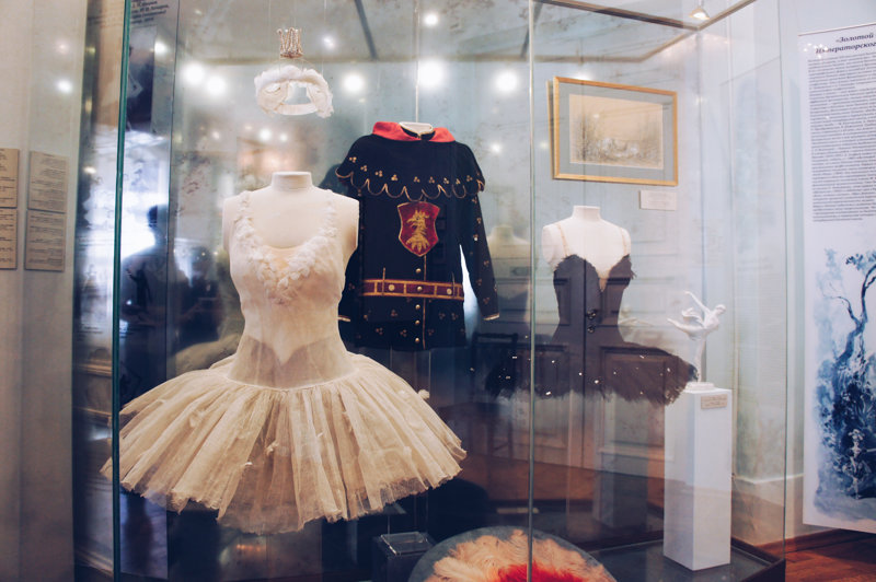 Costumes for the main characters of the Swan Lake ballet