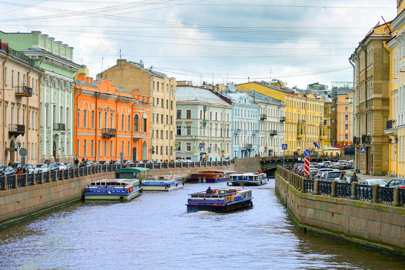Boat trip is a must-do in St. Petersburg