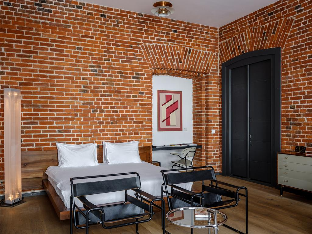 Brick Design Hotel, cozy hotel in the center of Moscow