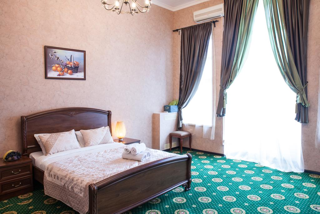Seven Hills Lubyanka is situated close to the main attraction in Moscow