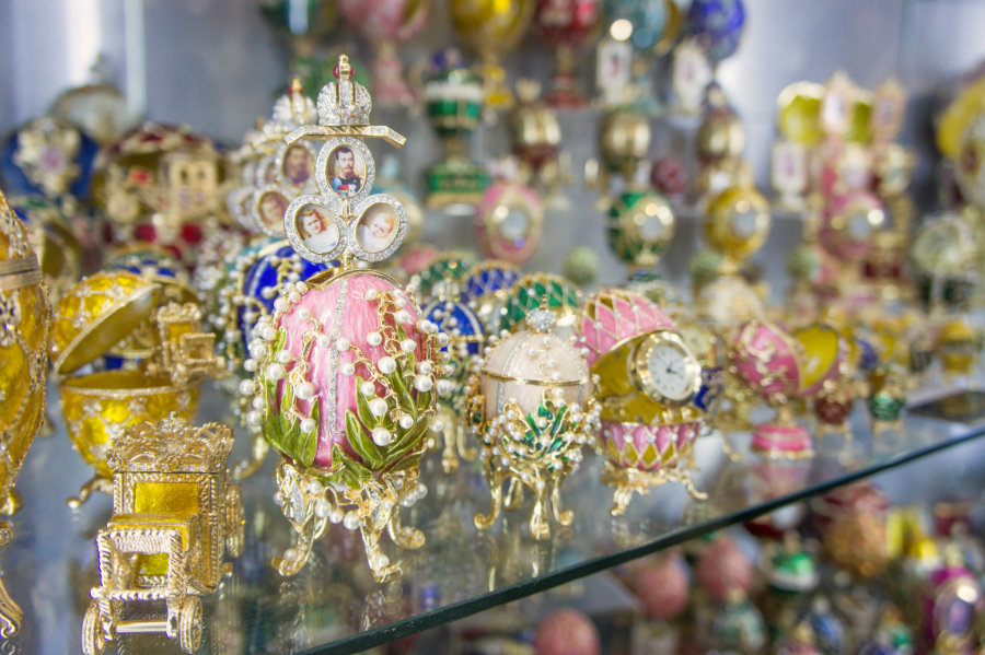 Faberge Egg could be a nice gift from Russia
