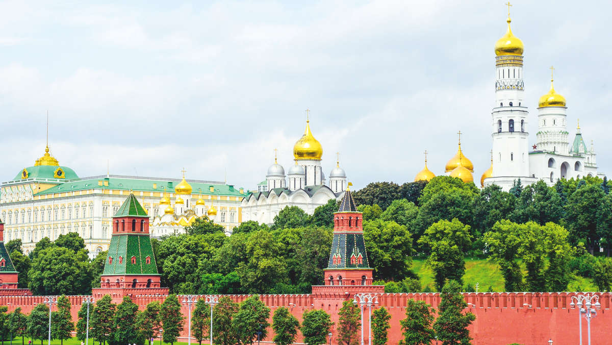 Services for planning you trip to Russia