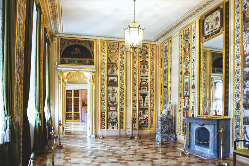 The Arabesque Room with the copies of Raphael frescoes