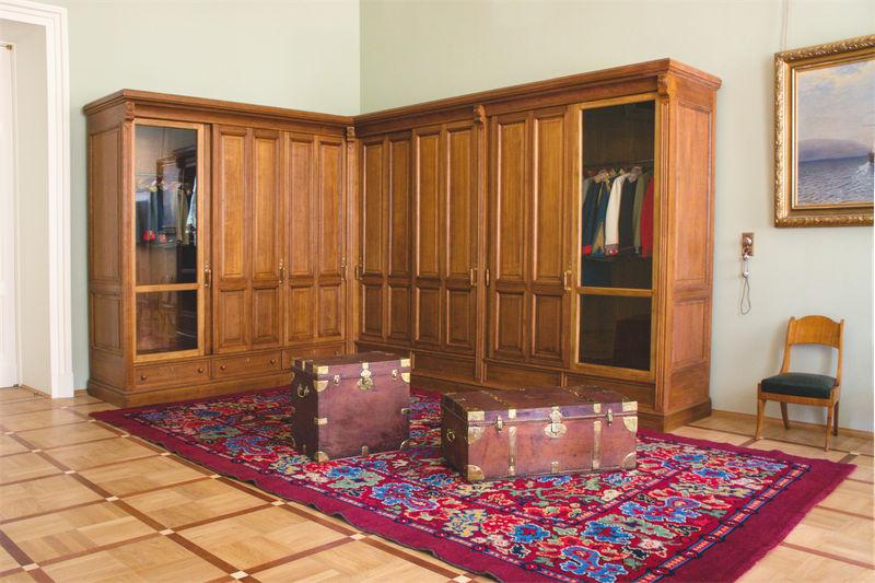 Valet Room in Alexander Palace